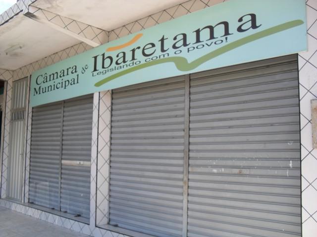 camara_ibaretama_fechada