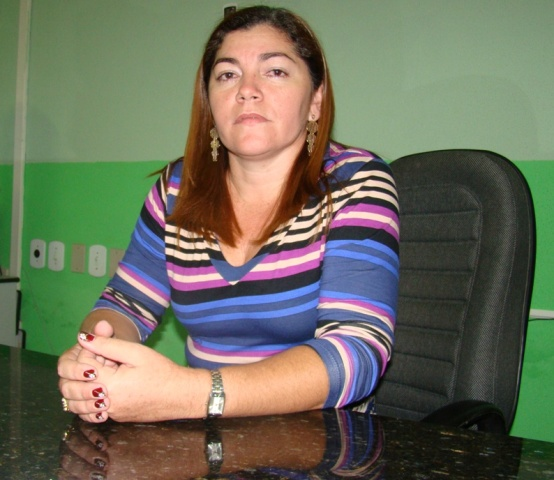 Prefeita_nubia_posseA