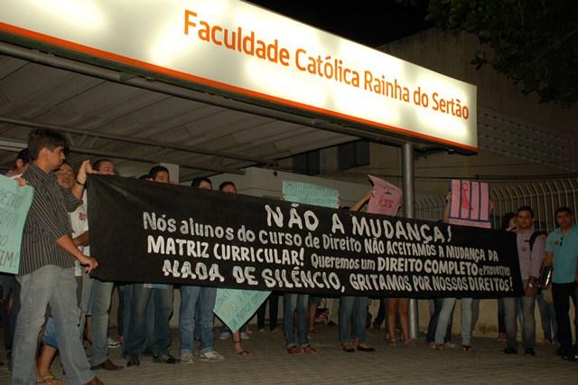 Manifestancao_Direito_FCRs1