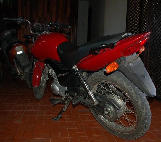motocicleta_furtada_qxda
