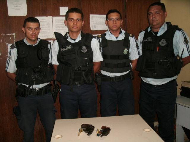 policiais_ronda_tiros