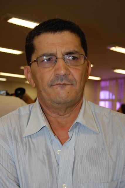 dr_carlos_presidente_cam_qxbim