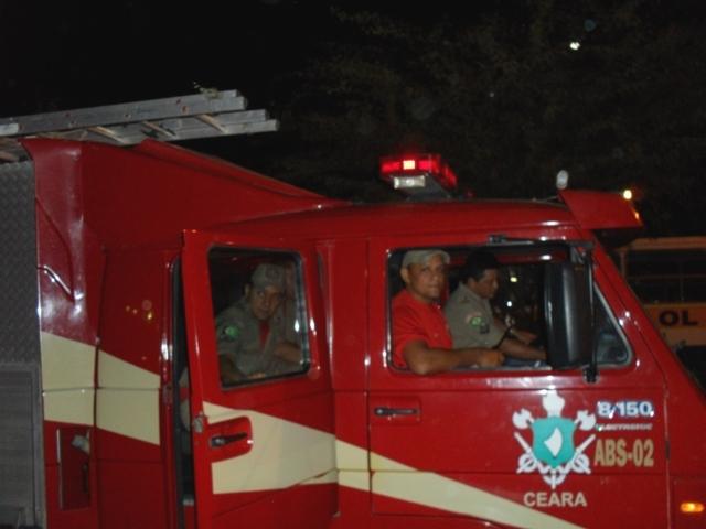 bombeiros_qxbim_veiculo_noite
