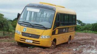 Resultado de imagem para transporte escolar rural pompeu lama