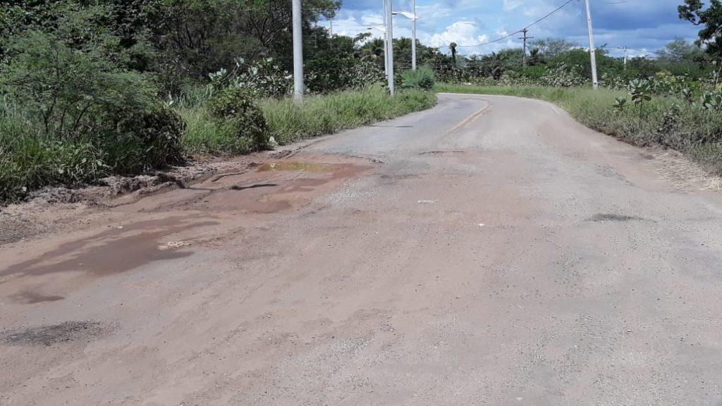 A via tem causado acidentes, o que necessita de medidas urgentes para que vidas sejam preservadas